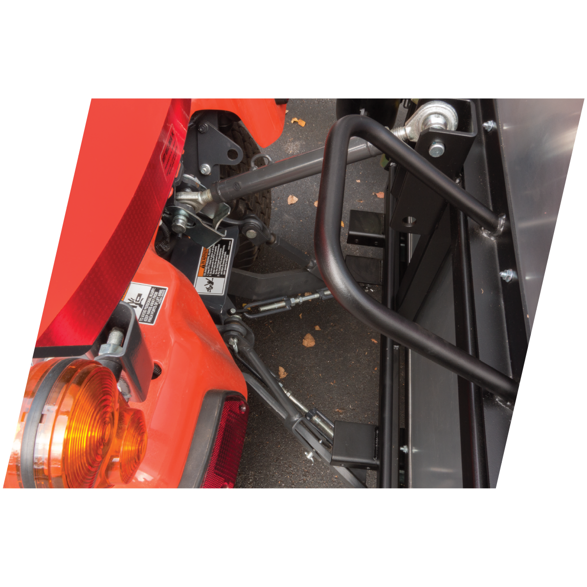 Mounts on Compact Tractors with a Category 1 3-Point Hitch